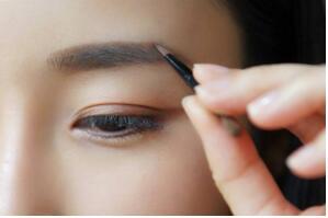 十大眉粉品牌排行榜,全球顶尖眉粉品牌有哪些