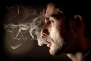 中国最贵的烟排行榜,利群香烟2万一条