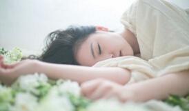 全球十大奇葩高薪职业,睡眠师年薪高达十万
