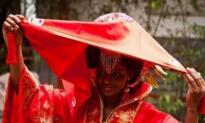 七旬老人迎娶22岁非洲姑娘幕后真正原因竟是它