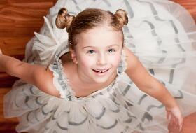 世界上最美的儿童裙子,小萝莉秒变小公主(彩色糖果裙)