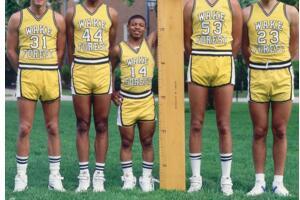 nba最矮的球员:蒂尼博格斯1.6米(曾盖帽2.13米对手)