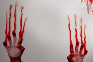 【慎入】浴室少女二十天,浴室自杀二十天恶心图片及自杀真相