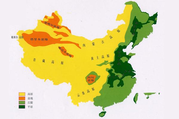 中国四大盆地,最大的盆地塔里木盆地好似一个巨大的碗口