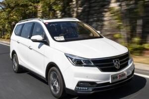 2017年6月中型MPV销量排行榜:宝骏730居首,别克GL8紧随其后