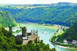 世界上最长的内流河,伏尔加河(全长3692千米/138万平方千米)