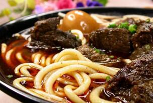 世界上三大最好吃的牛肉面 台湾牛肉面堪称艺术品