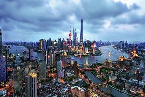 中国长江流域十大城市:武汉第四,第一名是国际化大都市