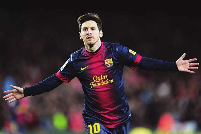 世界最厉害十大足球前锋 梅西仅排第八,第一为普斯卡什