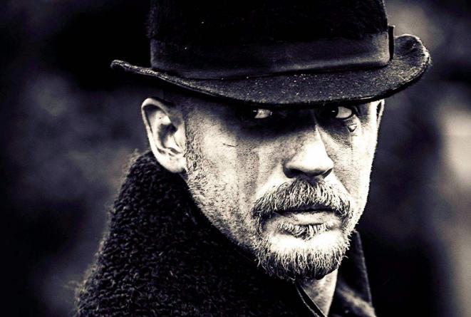 英国经典电视剧排行榜 黑镜人气最高,唐顿庄园口碑最佳
