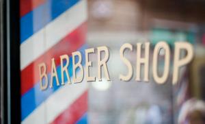 男性保持完美发型的五大秘诀排行:善用吹风机,学会正确定型